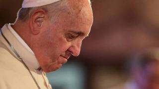 Poważna manipulacja słowami papieża Franciszka. Mylące oskarżenia wobec duchownego