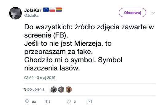 Twittera obiegło zdjęcie pisklęcia sowy wśród wyciętych drzew, wykonane rzekomo na Mierzei Wiślanej. W rzeczywistości nie powstało w Polsce