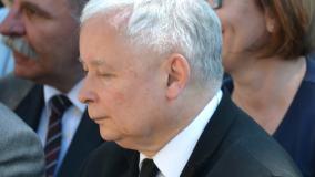 Jarosław Kaczyński oskarżył opozycję o rozsiewanie fake newsów. Poszło o wzrost płacy minimalnej
