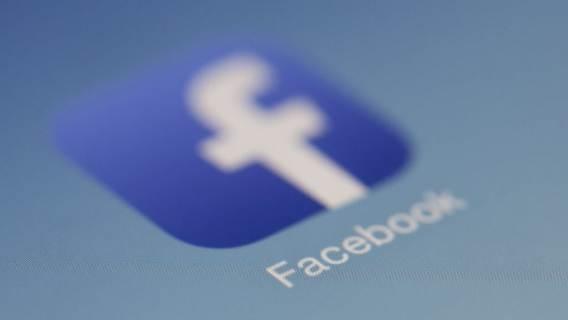 Facebook dane