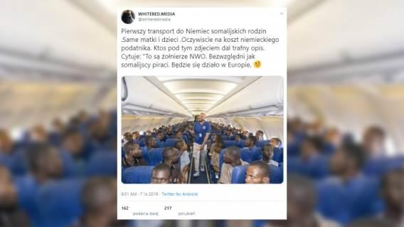 Mieli być Somalijczycy lecący do Niemiec, w rzeczywistości grupa wracała do Nigerii. Antyimigrancki fejk na Twitterze
