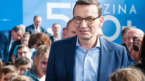 Morawiecki: wdrożyliśmy mechanizmy ułatwiające rodzicom decyzję o drugim dziecku. Sprawdziliśmy słowa premiera w statystykach