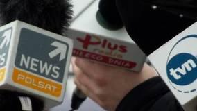 Mikrofony stacji Polsat News, TVN24 i Radia Plus