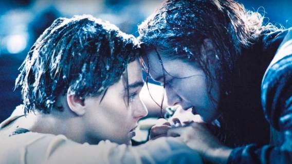 Kadr z filmu Titanic Jamesa Camerona.